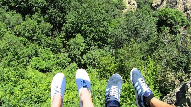 Kарандила: Скали, гора, боси крака