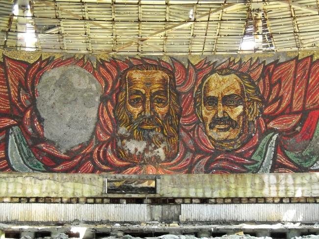 Паметникът на Бузлуджа: Версия 2013 (фотогалерия)