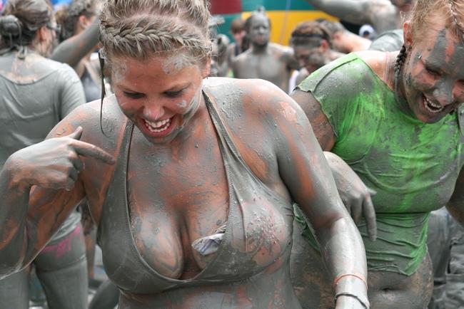 Най-калният фестивал на света (фотогалерия)