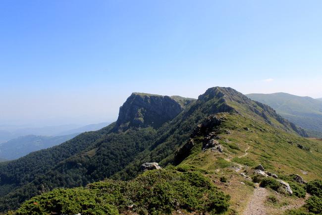 Хижа Козя стена - в Троянски Балкан по козите пътеки