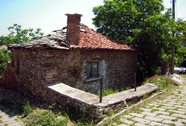 Яврово - родното село на Хайтов