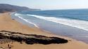 Необичайна Нова година на пуст плаж