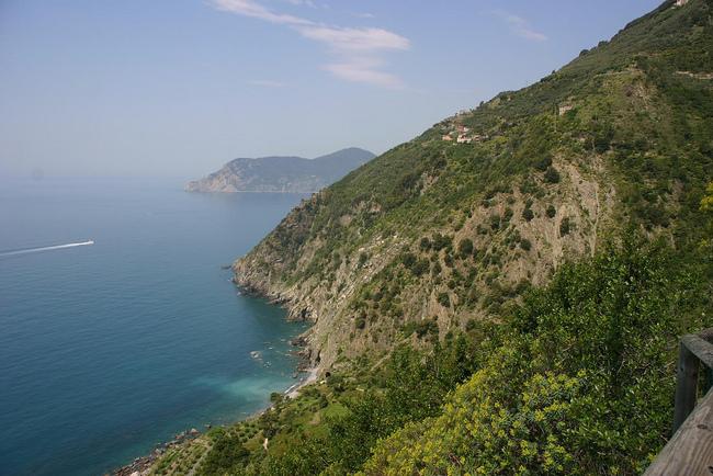 Чинкуе Тере - Италия по магарешките пътеки