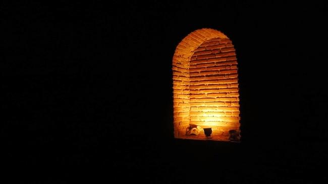 Тайните на гробницата Кухата могила в Поморие