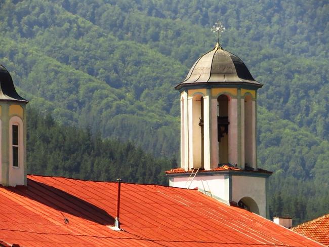 Стари истории от Якоруда: Пеещите камбани