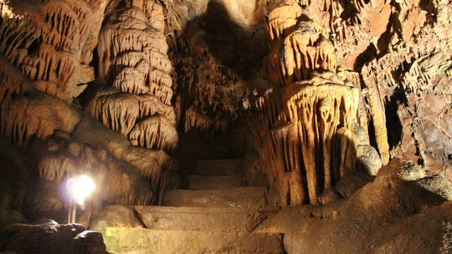 """Съевата дупка: Да кажеш """"Да"""" в пещера"""