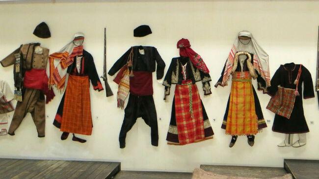 Музеят в Смолян – сред чанове и кукери
