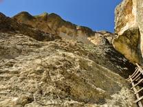Пещера Утробата - маршрут към тайните на Богинята майка