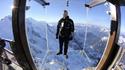 Стъпка в бездната: Да левитираш над Алпите