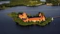 Замъкът Тракай – голяма красота на малкия остров