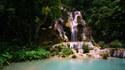 Красивите водопади Куанг Си в Лаос