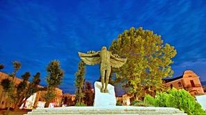 Паметник на завистта в Хасково
