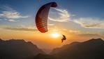 Двама българи ще подобряват рекорд по парапланеризъм