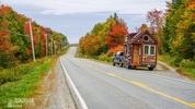 Живот мечта: Дървена къщичка обикаля цяла Америка