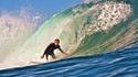 Сърф в Таити – смели сърца и смъртоносни вълни