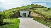 Свещарската гробница – разходка сред живота в древността