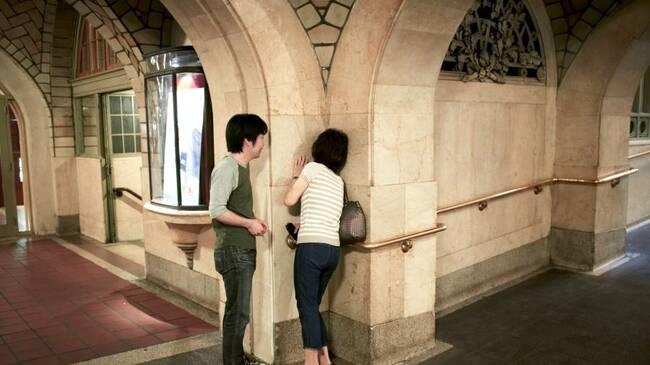 Невероятните шептящи коридори на Гранд Сентрал в Ню Йорк