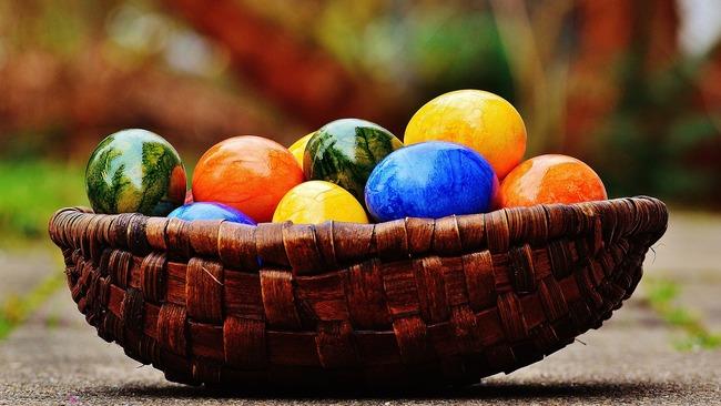 Как хората празнуват Великден по света