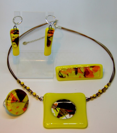 Изложба Накитите на българката - традиции в нов облик