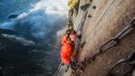 Пътувай от креслото: Хуашан - най-страшното планинско изкачване за непрофесионалисти