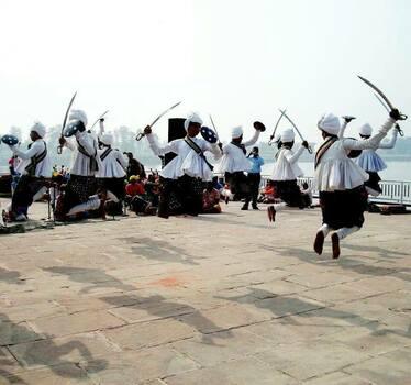 Концерт на индийска фолклорна трупа в Пловдив