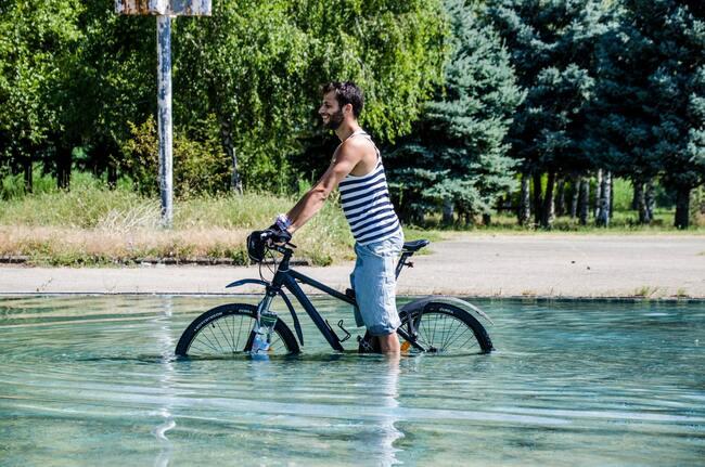 41fa9e7b531 Най-важното, когато караш колело на дълго разстояние през лятото, е да се  хидратираш. Докато нашите западни колеги си планират внимателно времето и  ...