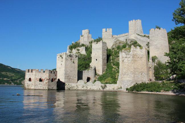 НОВА ГОДИНА 2018 – ГОЛУБАЦ на река Дунав