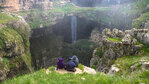 Водопадът Баатара - пропастта на трите моста (видео)