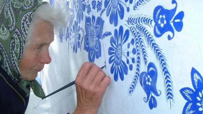 90-годишната баба рисува къщи в Чехия