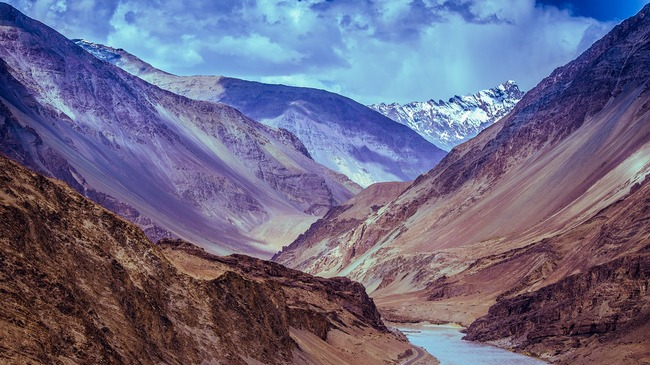 Платото Ладах – сурова природа и будизъм в Тибет