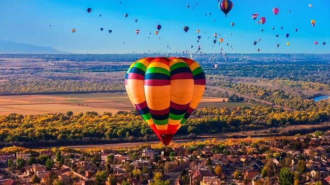 Приключението на полетите с балон