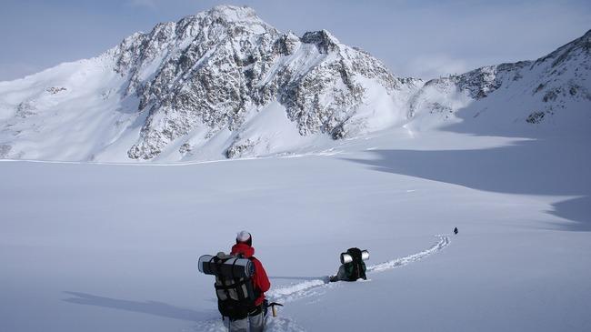 Безопасност в планината през зимата (видео)