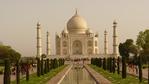 Индия ограничава посещенията в Тадж Махал