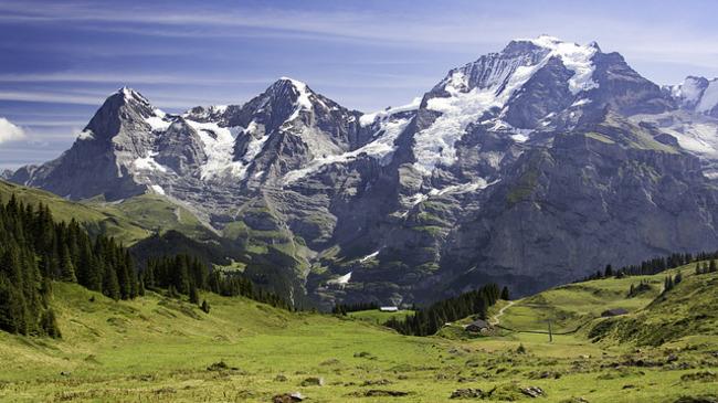 Швейцарският курорт, в който колите са забранени