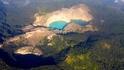Вулканичните езера, които променят цвета си
