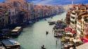 Противоречивите мерки на Венеция срещу туристите