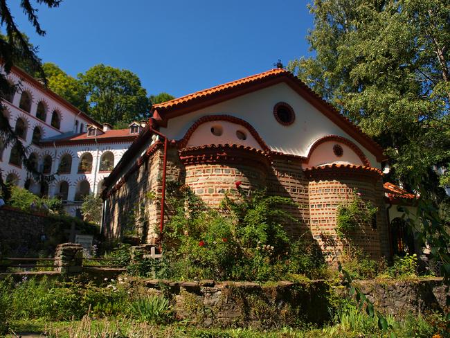 В Драгалевския манастир по стъпките на Левски