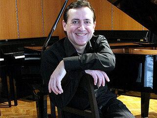 Пианистът Людмил Ангелов: Изкуството и културата трябва да са огледало на обществото!
