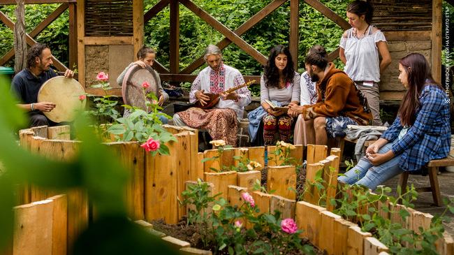 """Първата градина от типа """"Мандала"""" в ЕМО """"Етър""""!"""