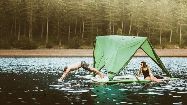 Палатка за суша, море и въздух!