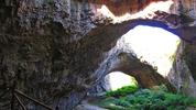Деветашка пещерта - находки, нашествия и истински истории