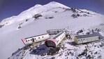 Вижте хотела, който се извисява на 4000 м надморска височина (видео)