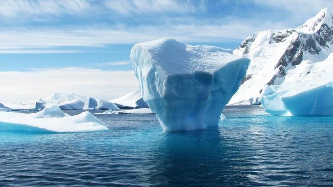 10 странни правила за пътуване в Антарктида