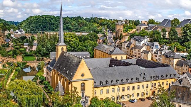 Безплатен градски транспорт очаква всички в Люксембург