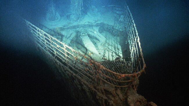 Посетете останките от кораба Титаник в Атлантическия океан