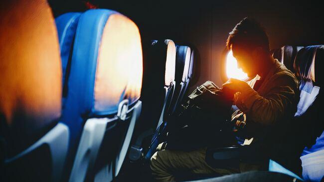 10 вещи за по-комфортно пътуване в самолета