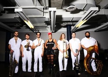 Култовият бенд Brass Against пристига в София по покана на A to Jazz Festival