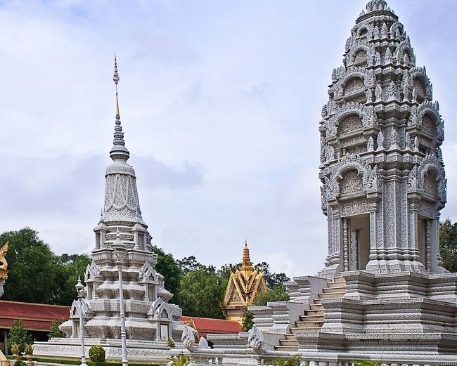 Пном пен – какво крие столицата на Камбоджа?