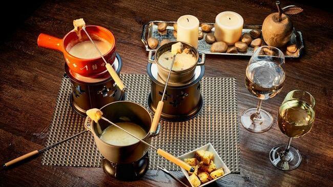 Гурме вечеря и загадки за десерт в Банско
