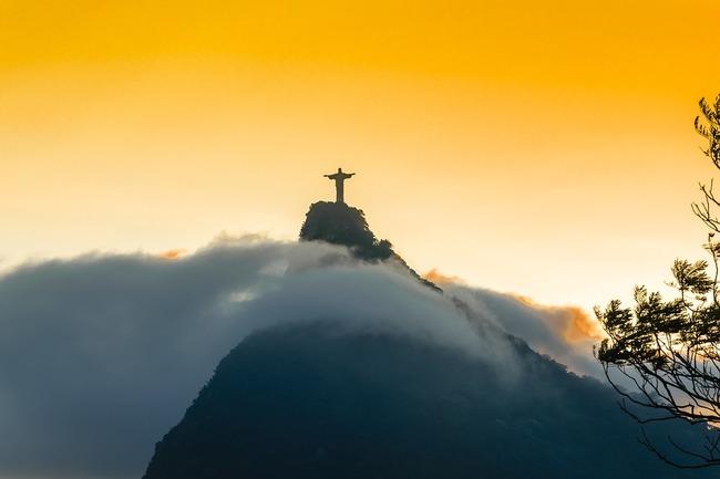 Историята на статуята на Христос Спасител в Рио де Жанейро